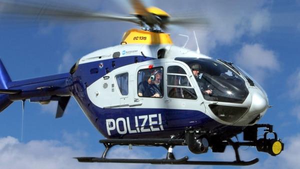 Sturzflug im Hubschrauber   Rechte: ZDF