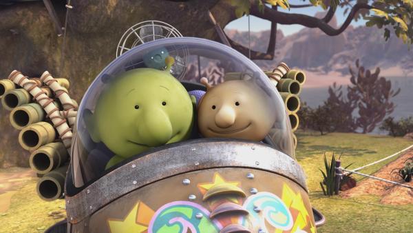 Pootle fliegt probeweise mit Stellas Raumschiff.   Rechte: KiKA/Snapper Productions/Q Pootle 5 LTD