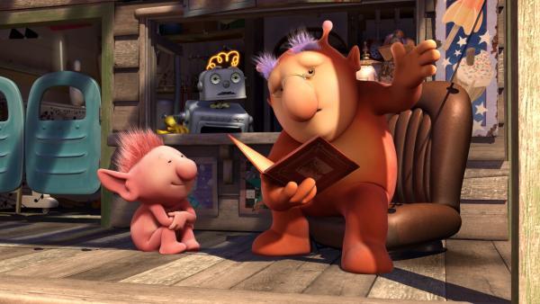 Groobie liest Oopsy und Bud-D ein Märchen vor. | Rechte: KiKA/Snapper Productions/Q Pootle 5 LTD