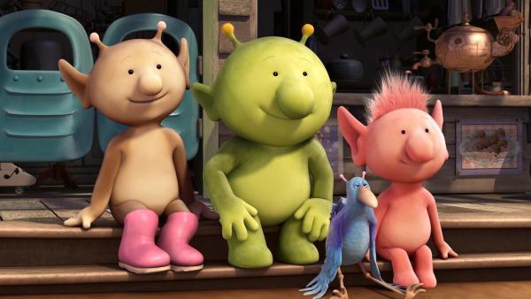 Stella, Pootle, Krah und Oopsy sitzen vor Groobies Haus. | Rechte: KiKA/Snapper Productions/Q Pootle 5 LTD
