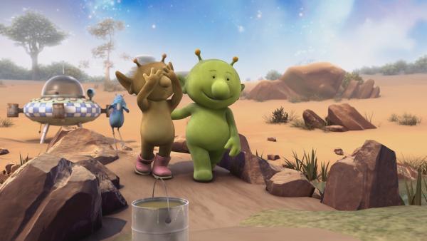 Pootle (r.) hat eine Überraschung für Stella und Krah.   Rechte: KiKA/Snapper Productions/Q Pootle 5 LTD