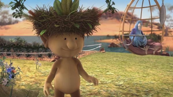Groobie veranstaltet eine Party, auf der jeder Gast einen Hut tragen soll. Stella hat sich Krahs Nest auf den Kopf gesetzt und ist zufrieden mit diesem besonderen Hut.   Rechte: KiKA/Snapper Productions/Q Pootle 5 LTD