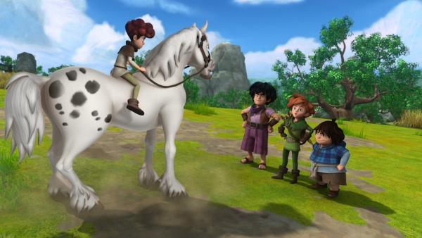 Lubin führt Little John, Robin Hood und Tuck seine Reitkünste vor.   Rechte: ZDF/Method Animation/DQ Entertainment/Fabrique d'images/ZDF Enterprises/De Agostini