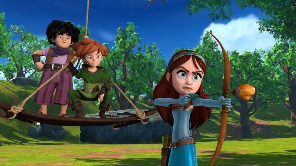 Little John und Robin Hood schauen amüsiert Marian bei ihren Bogenschießübungen zu. | Rechte: ZDF/Method Animation/DQ Entertainment/Fabrique d'images/ZDF Enterprises/De Agostini