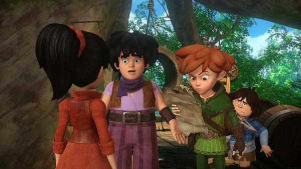 Scarlett zeigt Little John, Robin Hood und Tuck das Erpresserschreiben. Marian wurde auf dem Weg zu Robin von Banditen überfallen. | Rechte: ZDF/Method Animation/DQ Entertainment/Fabrique d'images/ZDF Enterprises/De Agostini