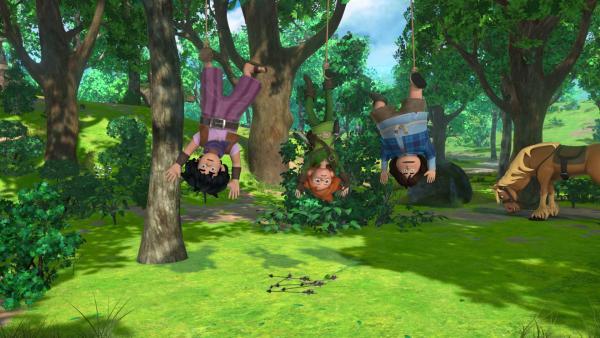 Die drei Freunde Little John, Robin Hood und Tuck sind im Wald von Landrin und den Dieben in eine Falle gelockt worden. | Rechte: ZDF/Method Animation/DQ Entertainment/Fabrique d'images/ZDF Enterprises/De Agostini
