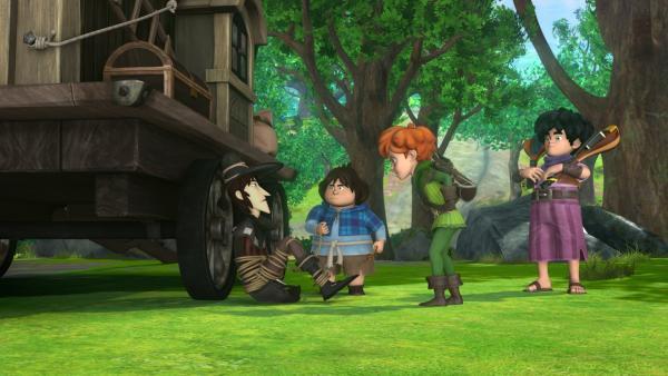 Tuck, Robin Hood und Little John haben den Geigendieb bis zu seinem Versteck verfolgt und stellen ihn zur Rede. | Rechte: ZDF/Method Animation/DQ Entertainment/Fabrique d'images/ZDF Enterprises/De Agostini
