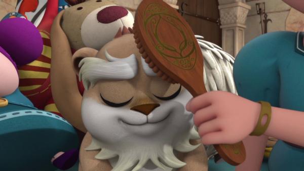 Isabelle ist begeistert von ihrem Kuschelhamster.    Rechte: ZDF/Method Animation/DQ Entertainment