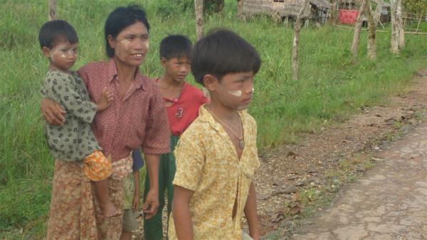 San Myo hat seit seiner Geburt nur ein Bein | Rechte: HR/Guido Holz