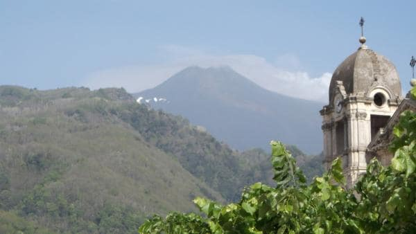 Der Blick von Federicas Dorf auf den Ätna | Rechte: hr