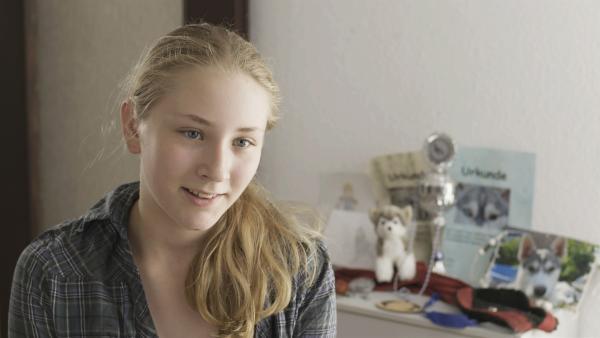 Fanny-Mo ist zwölf Jahre alt und lebt auf einem Husky-Hof an der Ostsee. | Rechte: RB/Christoph Oldach