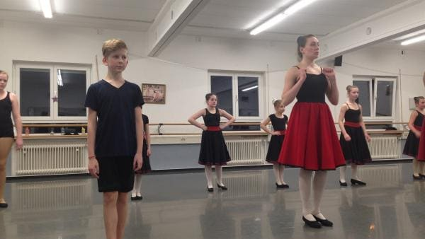 Valentin in seiner Ballettklasse | Rechte: hr
