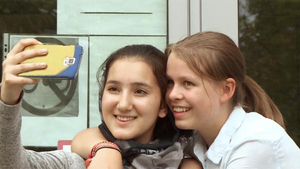 Hanna und Samira sind beste Freundinnen. | Rechte: rbb