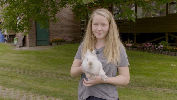 Darias absolute Lieblingstiere sind Kaninchen. | Rechte: RB