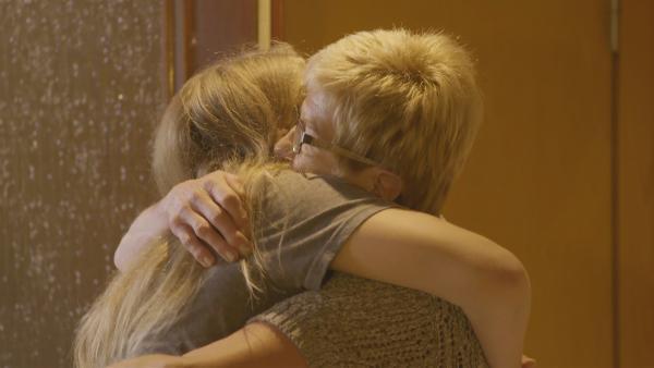 Daria hat eine ganz besondere Beziehung zu ihrer Oma. | Rechte: RB