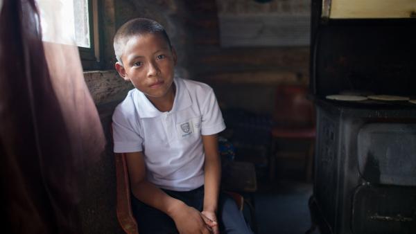 Isidro gehört zum Stamm der Raramuri-Indianer, den Ureinwohnern im Norden  Mexikos. | Rechte: rbb/Hans Jakobi