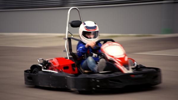 Luis fährt gern Go-Kart. | Rechte: MDR/Cine Impuls