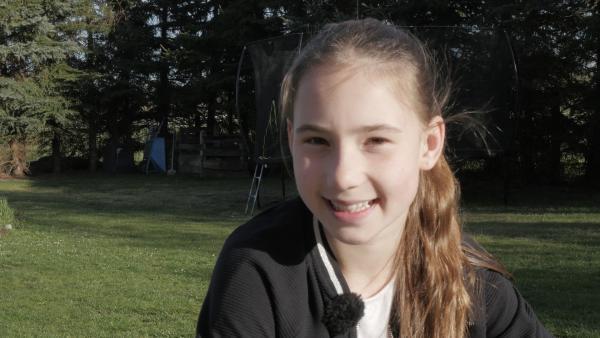 Eleanor kann wegen des Corona-Virus für Wochen nicht zur Schule gehen. | Rechte: KiKA/Frank Tümmler