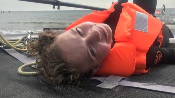 Cäcilia träumt davon nach Dänemark zu segeln - so schnell wie der Wind. | Rechte: MDR/Doclights/Julia Nölker