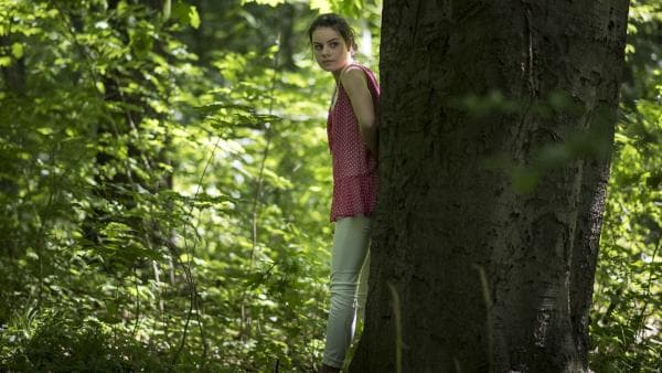 Wovor ist Olivia (Holly Geddert) auf der Flucht? | Rechte: MDR/Saxonia Media/Felix Abraham