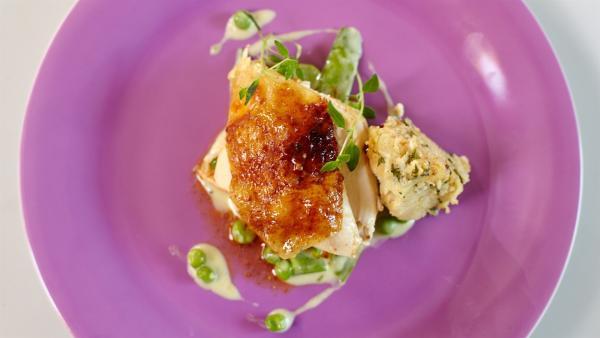 Heute wird Huhn mit Gemüse zubereitet. | Rechte: ZDF/ORF/René Rothkopf