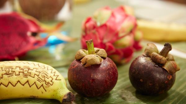 Mangostan-Frucht aus Vietnam | Rechte: ZDF/ORF/René Rothkopf