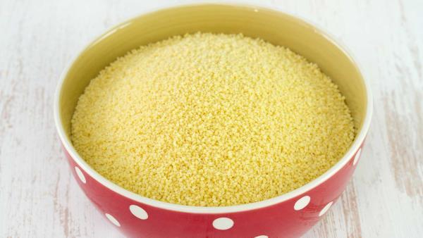 roher Couscous in einer Schale | Rechte: colourbox.com