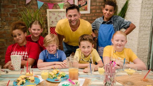 Mais gehört nur in den Salat? Won wegen! Alex Kumptner zeigt auch andere Variationen mit den leuchtend gelben Körnern. | Rechte: ZDF/Rothkopf Rene
