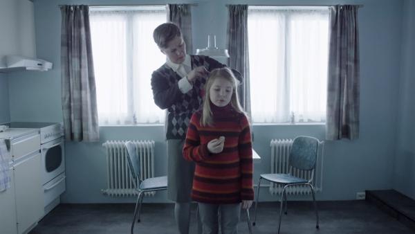 Selma wohnt zusammen mit ihrer Pflegemutter Ruth  in Norwegen. | Rechte: SWR/NRK/Beta Film