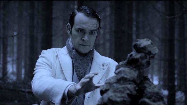 Ole Winter (Vidar Magnussen) im Finsterwald. Er nimmt die Kraft des Bösen in sich auf. | Rechte: SWR/NRK/Beta Film