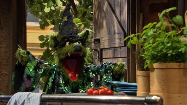 Ach, Zaubern müsste man können, so wie der Wolf! Dann wäre vieles einfacher und man könnte so tolle Sachen herbeizaubern! | Rechte: NDR/Sesame Workshop