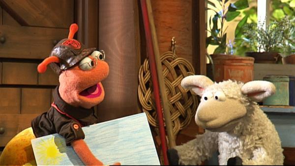 Finchen bringt Wolle ein selbst gemaltes Bild   Rechte: NDR / Uwe Ernst