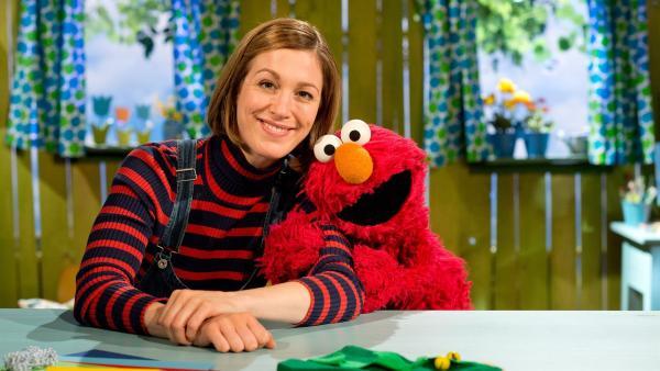 Elmo und Julia denken sich ein Quatschmärchen aus. | Rechte: NDR