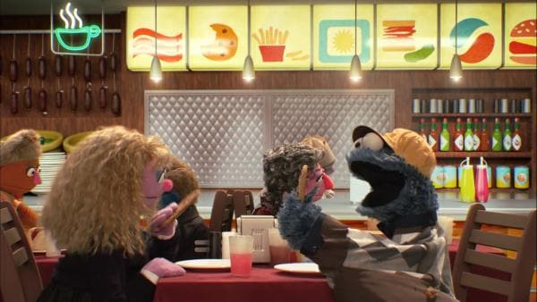 "Krümelmonster (re.) in der ""Harry & Sally"" Parodie: ""Krümelmoster und Sally"" 