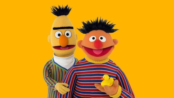 Ernie (r.) und Bert (l.) | Rechte: NDR/Sesame Workshop Foto: Thorsten Jander