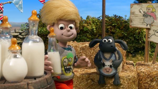 So ein Streichelzoo ist eine gute Sache, findet Schäfchen Timmy. | Rechte: WDR/BBC/Animation Ltd.