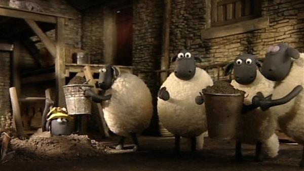 Da hilft nur ausbrechen, sonst können die Schafe vor dem Farmer und der Schere nicht entkommen. | Rechte: WDR/Aardman Animation Ltd./BBC