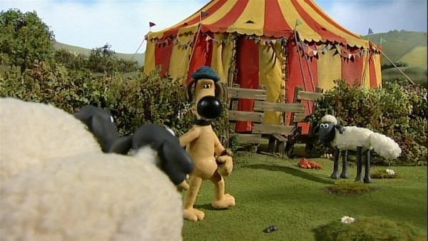 Beim Nachbarn hat ein Zirkus sein Zelt aufgestellt. Was wird da wohl alles passieren?   Rechte: WDR/Aardman Animation Ltd./BBC