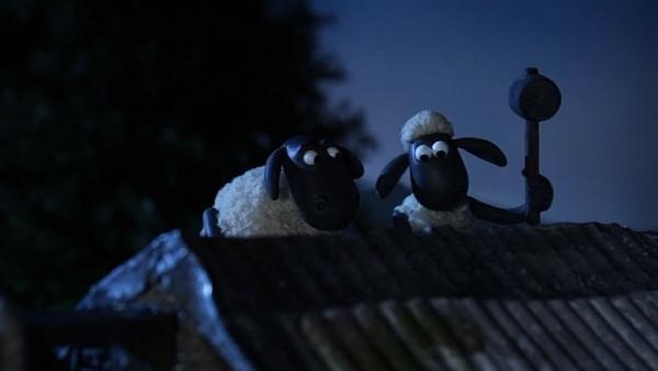Wenn das Dach undicht ist, hilft nur reparieren - egal, wie spät es ist. | Rechte: WDR/Aardman Animation Ltd./BBC