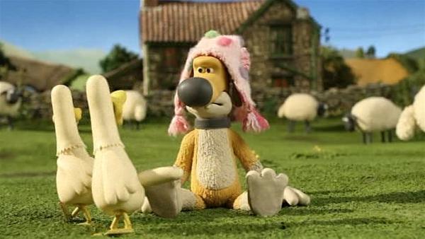 Die Enten sehen zweimal hin. Was hat Bitzer denn da auf dem Kopf? | Rechte: WDR/Aardman Animation Ltd./BBC