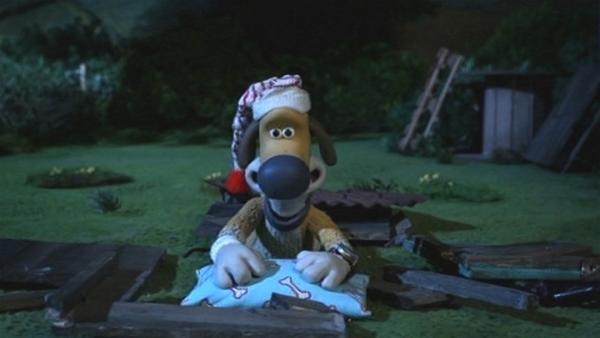 Bitzers Hütte ist auseinandergefallen. Nun liegt er unter dem Sternenhimmel. | Rechte: WDR/Aardman Animation Ltd./BBC