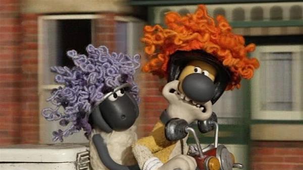 Eine verdeckte Ermittlung oder doch eine Verfolgungsjagd mit Perücke?   Rechte: WDR/Aardman Animation Ltd./BBC