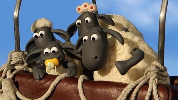 Eine neue Welt für die Schafe, von oben sieht die Farm ganz anders aus. | Rechte: WDR/Aardman Animation Ltd./BBC
