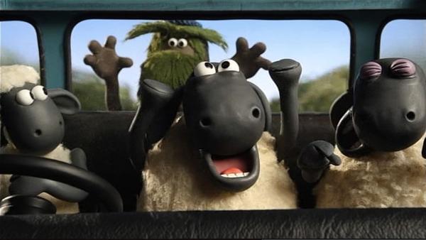 Auch die Flucht mit dem Wagen hat nicht geklappt – das Monster ist einfach mitgefahren. | Rechte: WDR/Aardman Animation Ltd./BBC