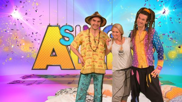 Singa und die Studiogäste Rodscha und Tom.  | Rechte: ZDF/MES GmbH