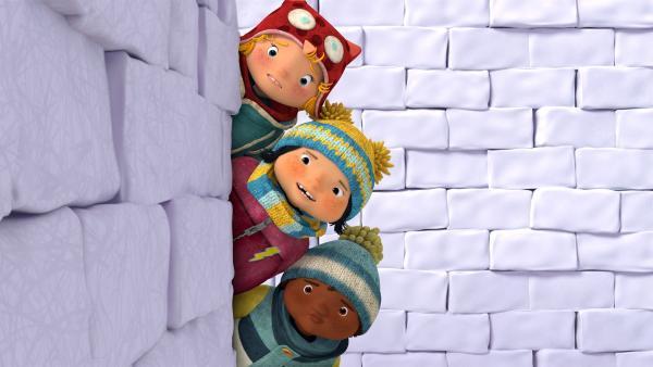 Nele, Kiki und Jonas fragen sich, wo der Ausgang aus dem Labyrinth ist?   Rechte: KiKA/carpediem Film & TV Inc.