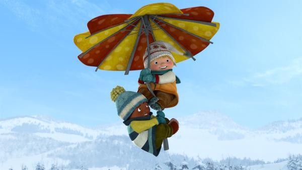 Jonas und Sami versuchen das Beste, aus dem Sturm zu machen. | Rechte: KiKA/carpediem Film & TV Inc.