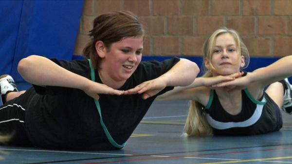 In einem besonderen Camp lernt Katja, sich mit Sport fit zu halten und schlanker zu werden. | Rechte: ZDF/Ilona Stämpfli