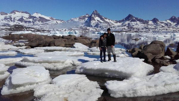 Das Leben im Winter ist hart für die Menschen Grönland. Ivik und sein Vater müssen auf die Jagd gehen, um die Familie zu ernähren. | Rechte: ZDF/Juliette Planitzer