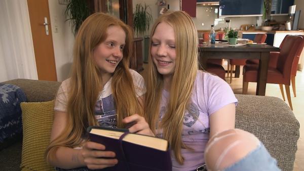 Paula wird ihre Schwester Lene sehr vermissen, denn Lene wird für ein halbes Jahr nach Neuseeland gehen. | Rechte: ZDF/Florian Lippke